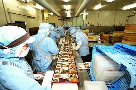 Tuyển 100 công nhân chế biến thực phẩm – Làm cơm hộp